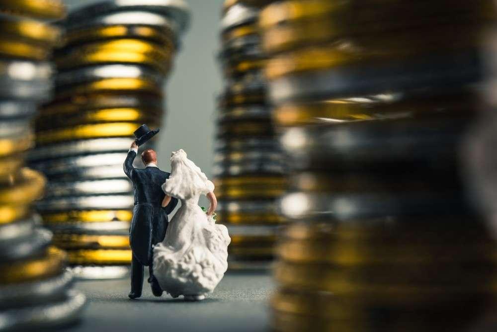 Kalkulation und Zusammenstellung aller Kosten auf einer Hochzeit