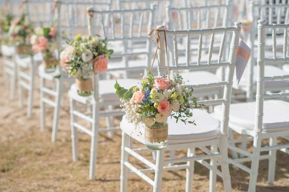 Für die Brautsträuße werden neben Blumen, Kräutern und Gewürzen auch andere Sachen als Dekor - Elemente verwendet.