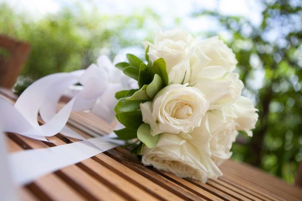 In der Regel gibt es 4 Grundformen für das Zusammenstellen der Brautsträuße