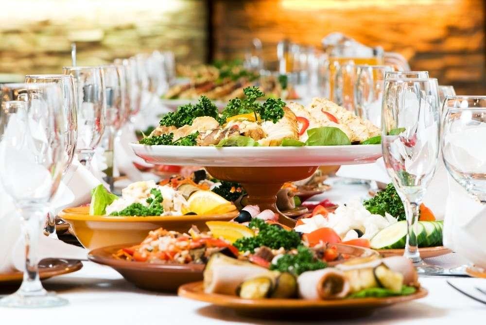 Speisen bei einer Hochzeit