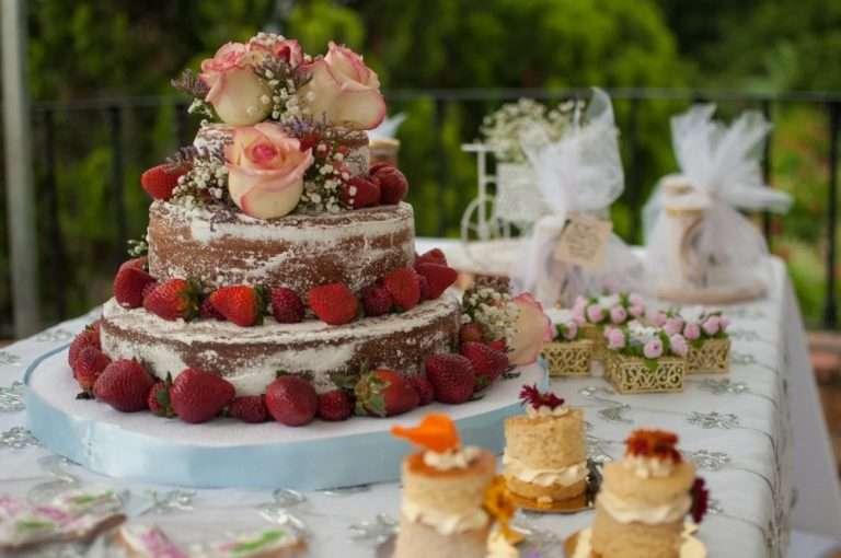 Hochzeitstorte richtig platzieren