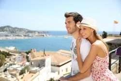 Romantische Flitterwochen in der Sonne Spaniens - Stierkampf, Tapas und Flamenco