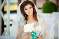 Bräuche und Sitten, die mit der Brautfrisur zusammenhängen