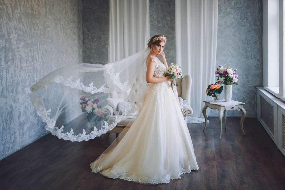 Brautkleid Variationen mit und ohne Schleppe