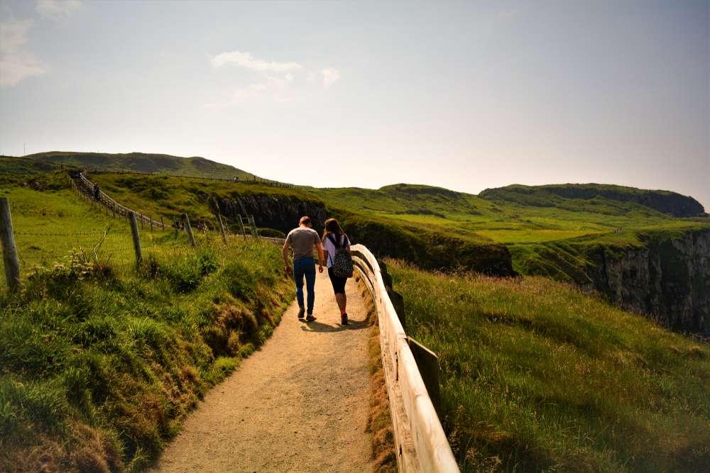 Ein romantisches Land mit sanften Hügeln