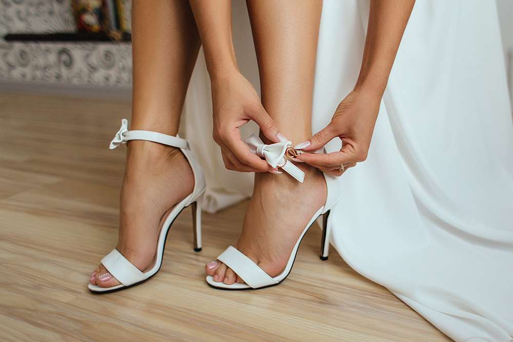 Viele Bräute bewahren ihre Schuhe zur Erinnerung auf
